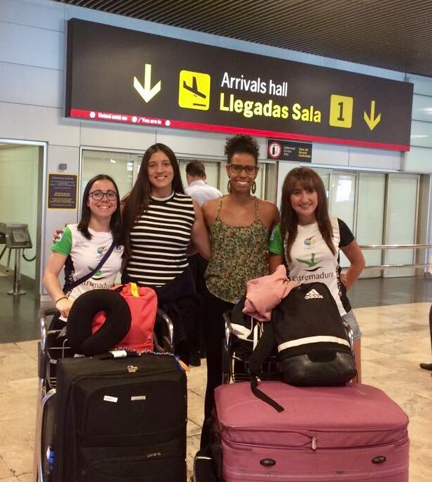 El Extremadura Arroyo 30 ya cuenta con sus jugadoras extranjeras, mientras sigue buscando una central