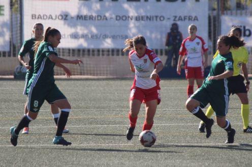 Los minutos iniciales pasan factura al Santa Teresa Badajoz ante el Betis 1-2 (3)