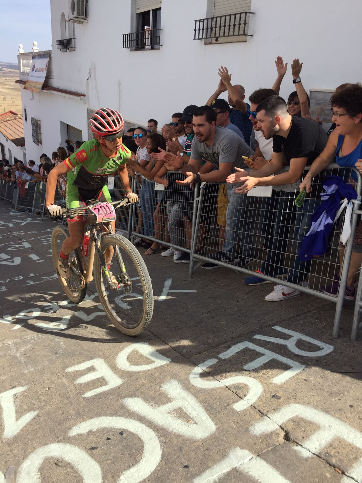 Susana Alonso suma otra victoria en el UCI MTB Marathon Series Ruta BTT Villa de Paterna del Campo