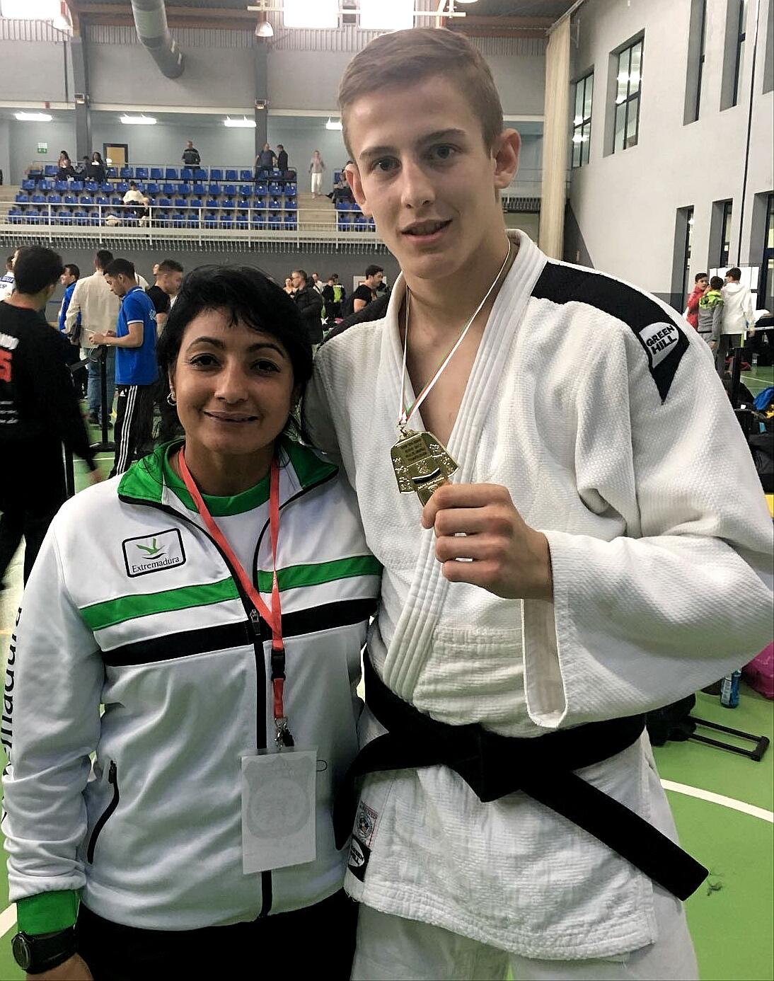 Daniel Nieto se hace con la medalla de oro en la súper Copa de España Junior de Judo Villa de Amurrio (2)