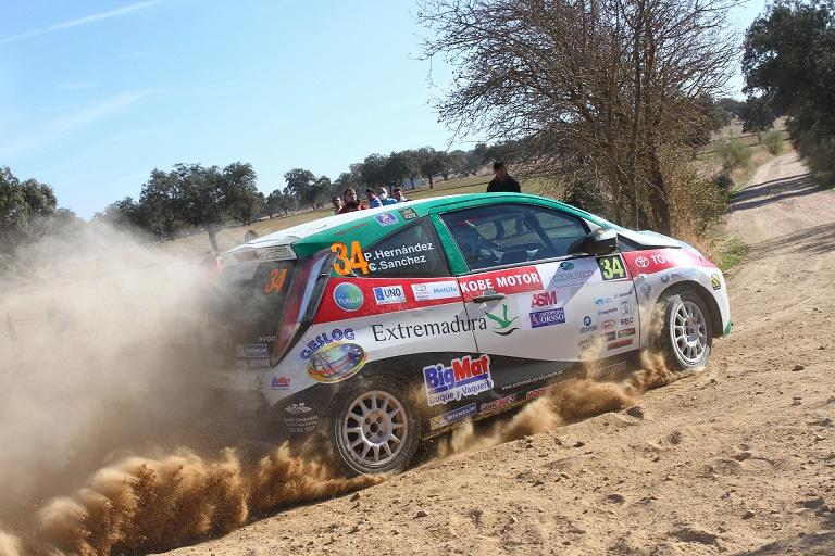 Pedro Hernández y Cándido Sánchez - El Extremadura Rallye Team cierra su participación en la Copa Kobe