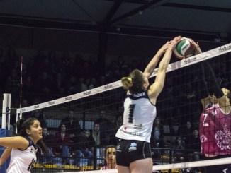 El Extremadura Arroyo logra su tercera victoria consecutiva y asciende al cuarto puesto