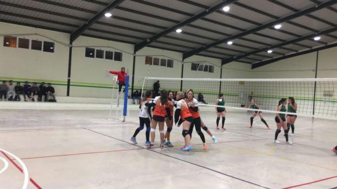 Las chicas del Extremadura Hotel Río Badajoz siguen sin ceder un set