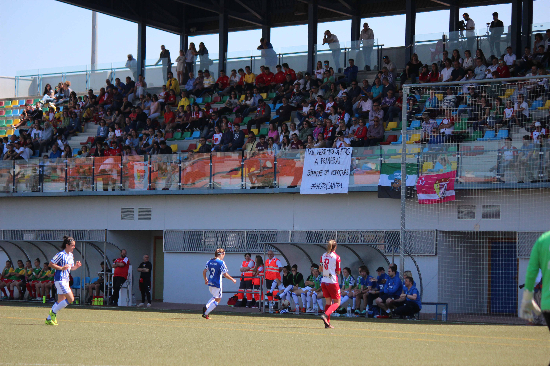 El Santa Teresa Badajoz cae en su último partido de la temporada en casa (4)