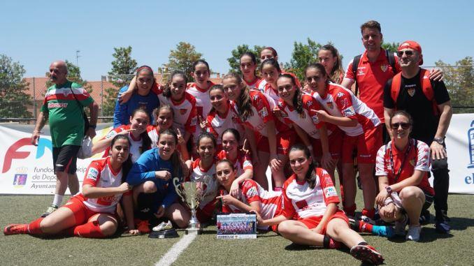 El Santa Teresa Badajoz alza por primera vez la Women's Cup Ciudad de Badajoz