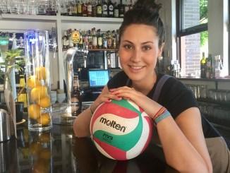 Entrevista a Nena Moreno del Extremadura Arroyo, Al calor del balón en un bar
