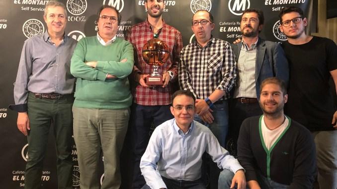 Luis Parejo recibe su segundo Trofeo Afición El Montaito Corazón Verdinegro