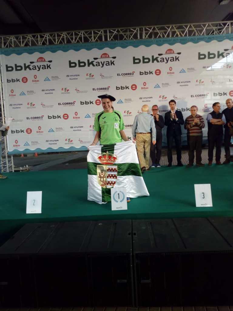 Oro para Elena Ayuso en la BBKayak
