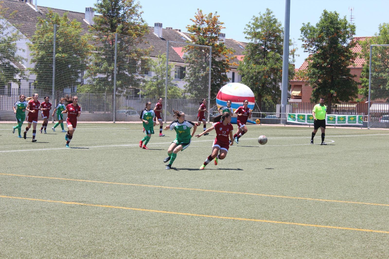 Selección Extremeña y Santa Teresa Badajoz lucharán por la Women's Cup Ciudad de Badajoz 2018 (2)