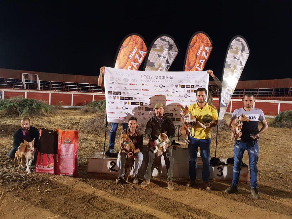 La II Copa Nocturna de Trabajo para Podenco reúne en Hinojosa del Valle a un total de 80 perros