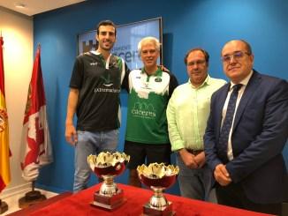 El Cáceres presenta el XXV Trofeo Cáceres Patrimonio de la Humanidad
