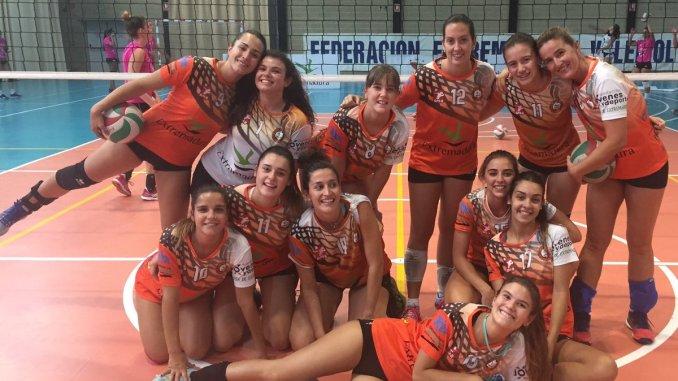 Las chicas del Aparthotel MM Badajoz, a por la victoria en casa