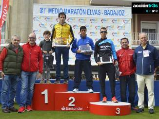 Juan Domingo Gómez mejor extremeño en la Media Maratón Elvas-Badajoz