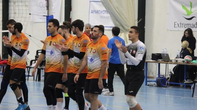 Derrota del Extremadura Aparthotel MM Badajoz ante el Voleibol Dumbría