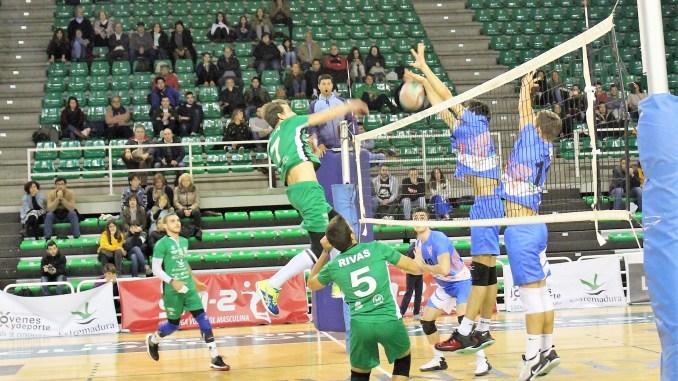 Gran victoria del Extremadura Cáceres Patrimonio de la Humanidad frente a un rival directo