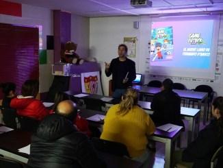 El exfutbolista Fernando D'Amico presenta su libro y metodología Game Fútbol a la cantera del Santa Teresa