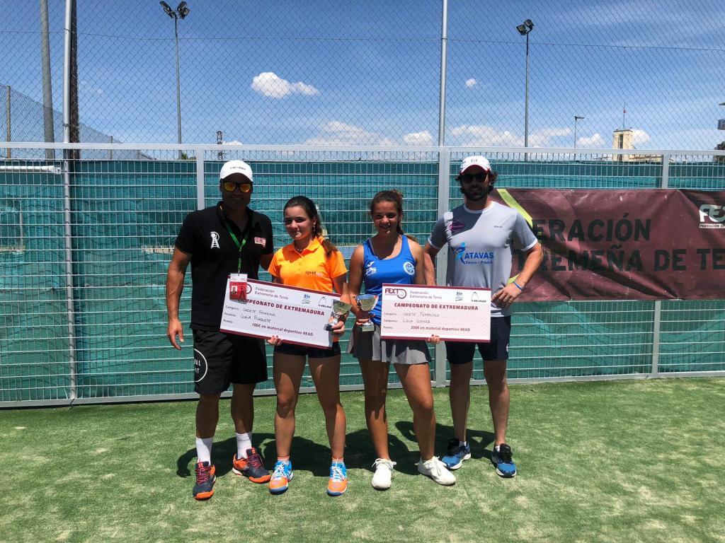 Lidia Gómez y Fernando Bulnes Campeones de Extremadura Cadete de Tenis