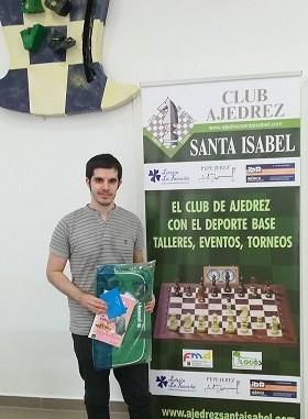 David Castellanos del Club Ajedrez Santa Isabel se impone en una edición récord del X Puente del Pilar