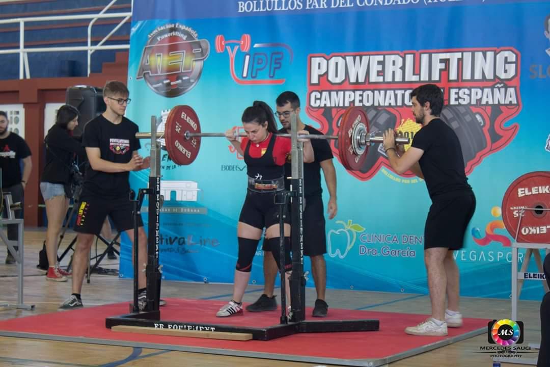 Esther Gutierrez - Campeona de España de Powerlifting Junior -57 kg