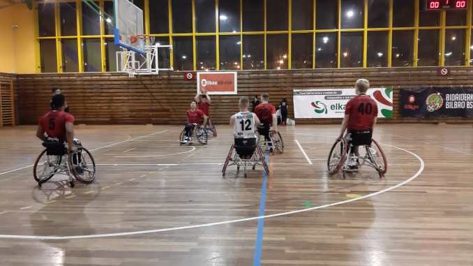 Dura derrota del Mideba ante el Bidaideak Bilbao