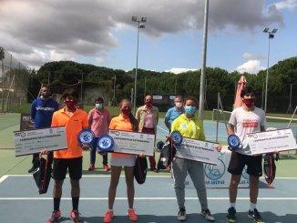 Irene Zarza y Fernando Bulnes Campeones de Extremadura Absolutos