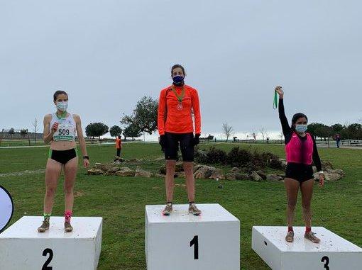 Azizi Benabbou y Sonia Bejarano, campeones de Extremadura de Cross