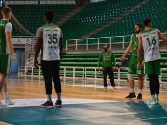 El Cáceres pone rumbo a Lleida para recuperar el partido pendiente