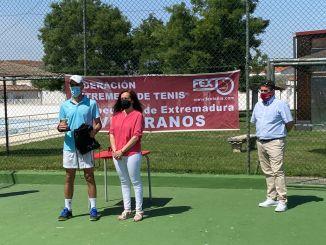 Entrega de trofeos Tenis Veteranos