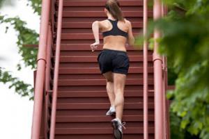 Ejercicios para endurecer tejidos: muslos y trasero