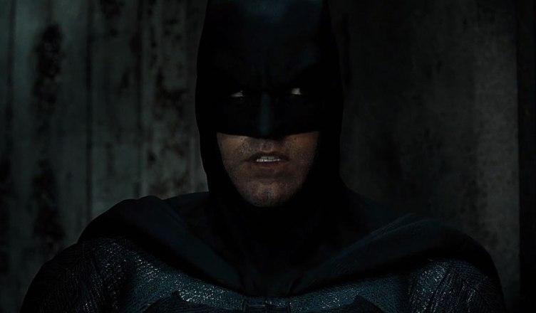 Divulgada uma nova imagem incrível do Batman no filme da Liga da Justiça!