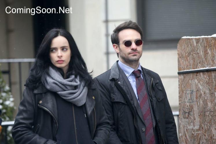 Demolidor e Jessica Jones aparecem juntos em novas fotos de Os Defensores!