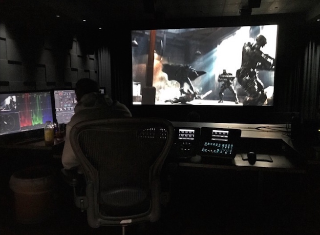 Zack Snyder divulga uma nova foto do Batman lutando em Liga da Justiça!