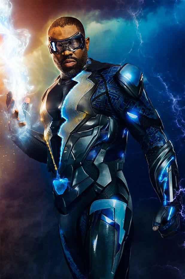 Divulgada a primeira imagem de Cress Williams como Raio Negro, a nova série da DC Comics!