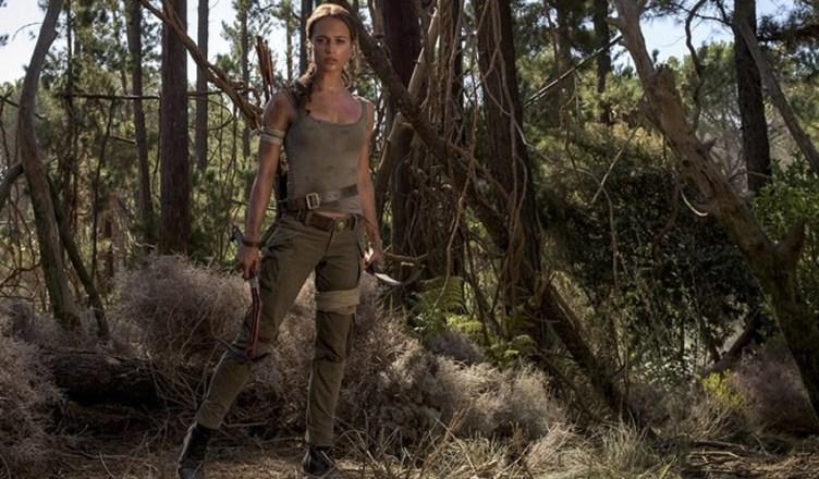Alicia Vikander aparece como Lara Croft nas primeiras fotos oficiais de Tomb Raider!