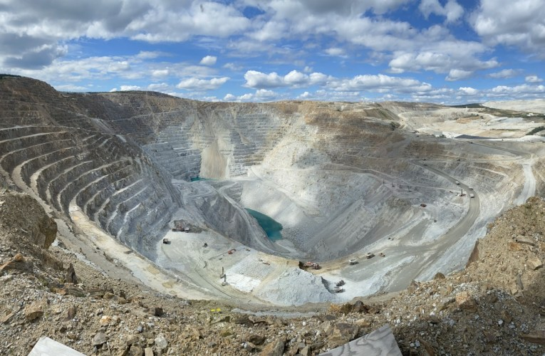 Geojunkets: a geologist returns to Fairbanks, Alaska (Part 1)
