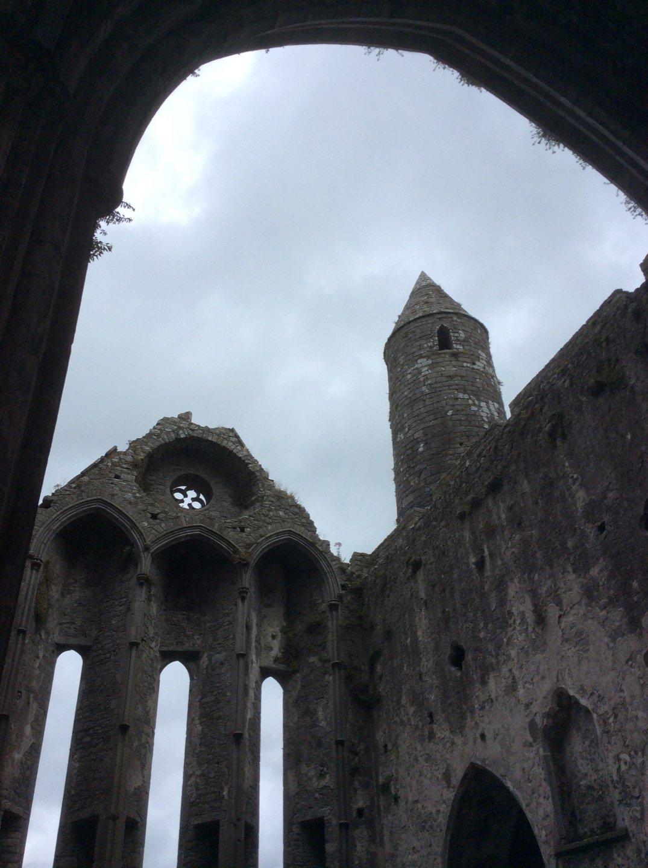 Interior de la catedral de Cashel