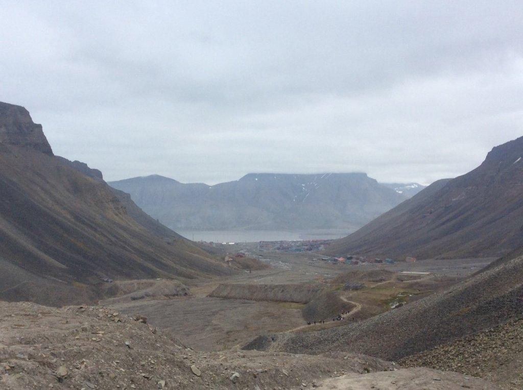 Longyearbyen desde la morrena