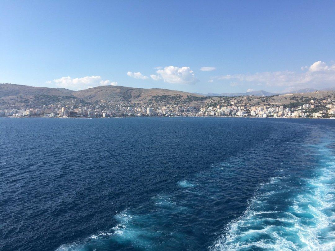 Saliendo de Sarandë