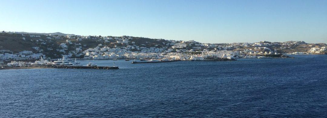 Mykonos desde la popa del Eurodam