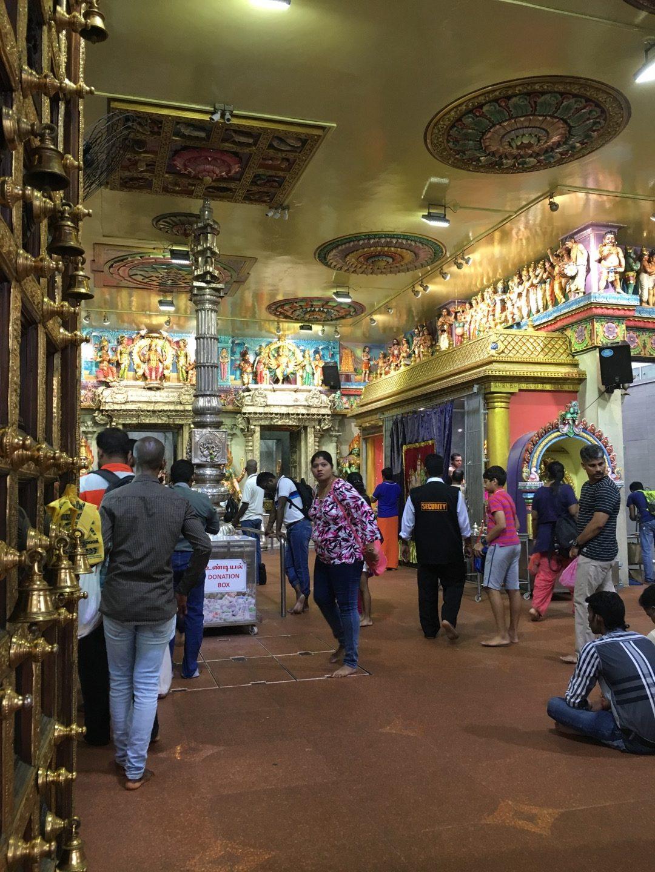 Entrada al templo Sri Veeramakaliamman