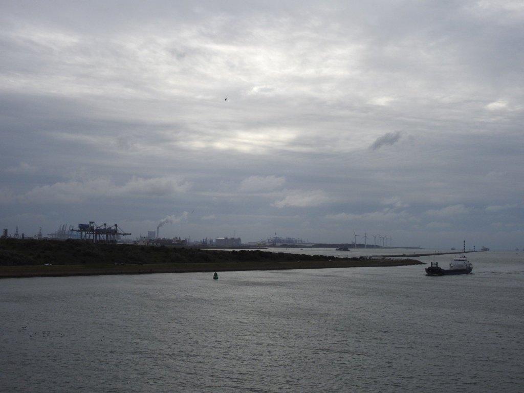 Tramo final del Nieuwe Waterweg