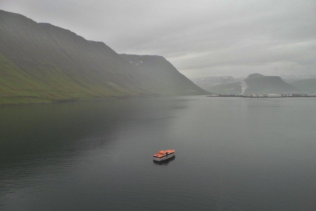 Desembarcando en Ísafjörður
