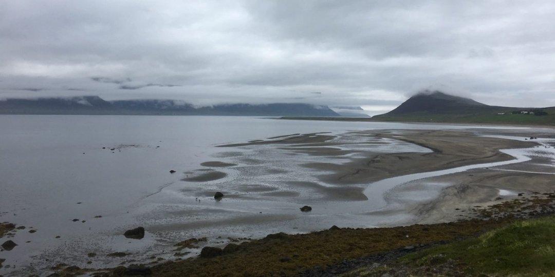 El Dýrafjörður frente a Þingeyri