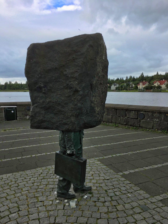 Monumento al Burócrata Desconocido
