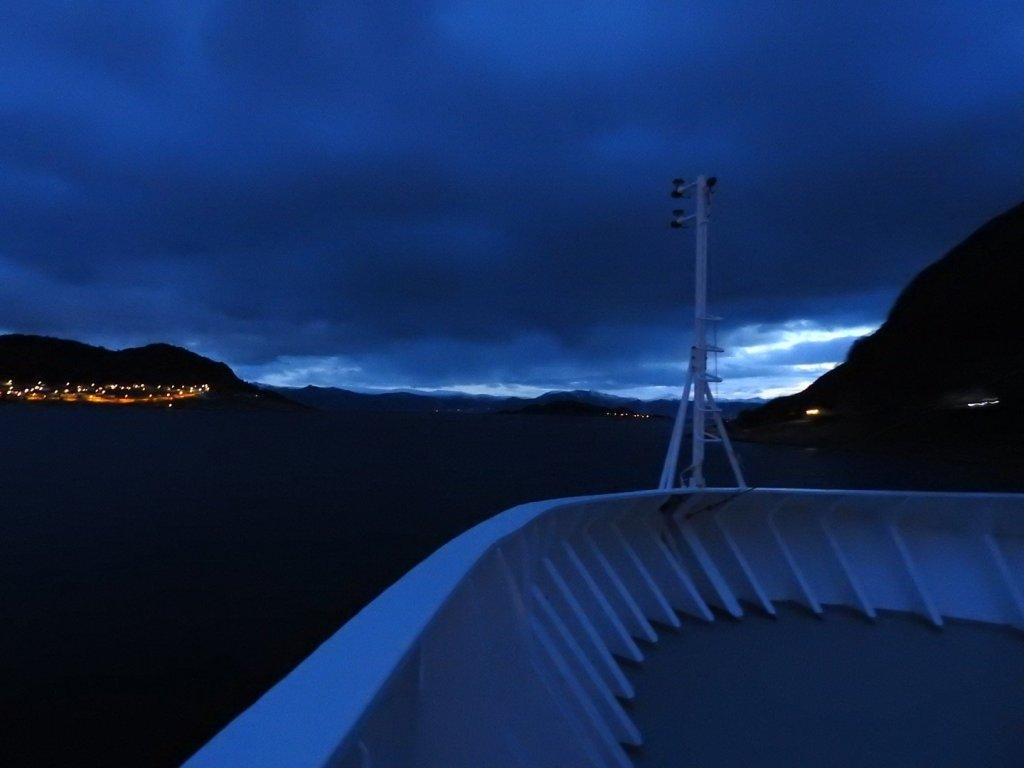 Amanecer junto a Vågsøy