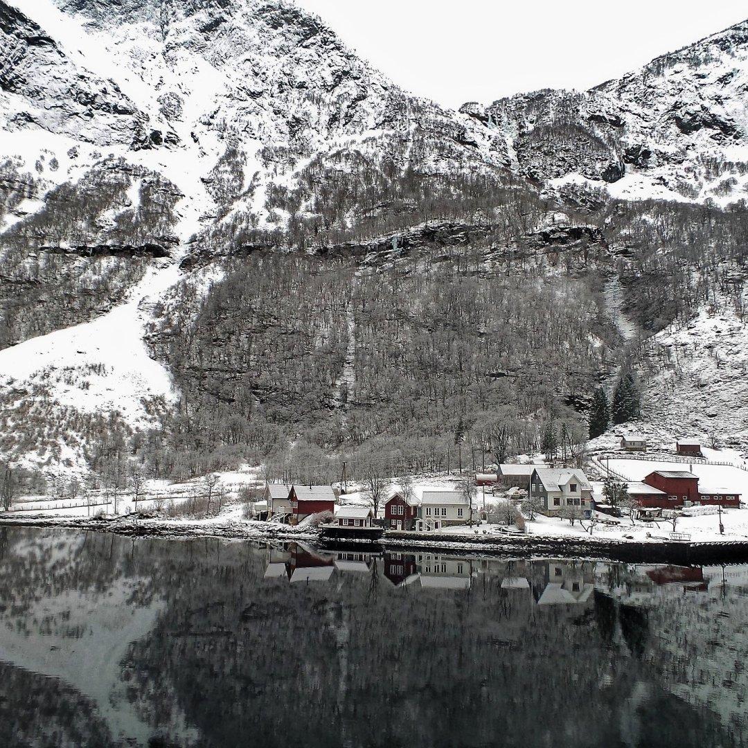 Bakka, en el Nærøyfjord