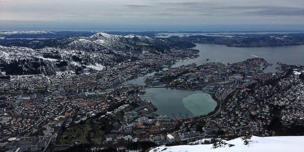 Bergen desde el monte Ulriken