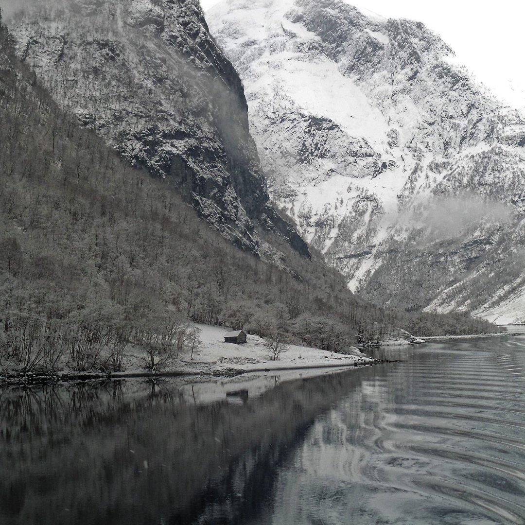 Cabaña en el Nærøyfjord