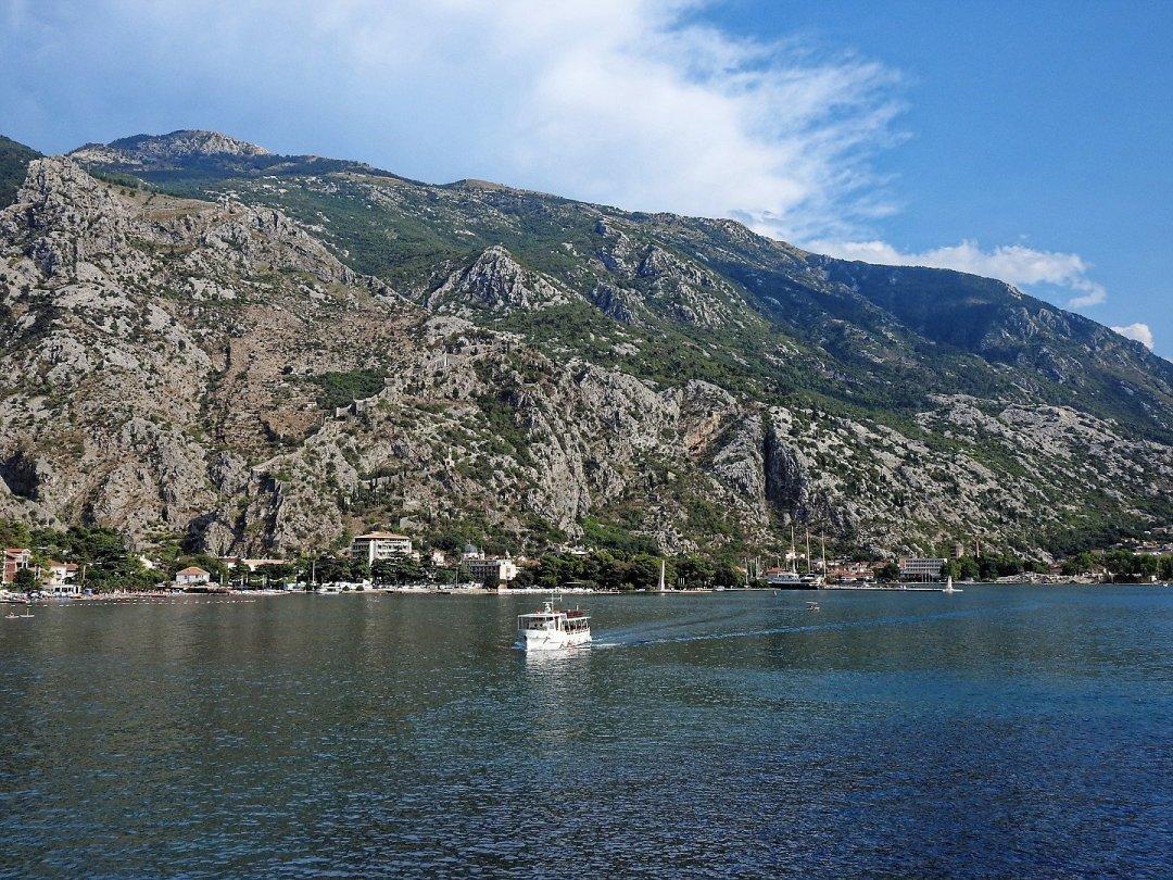 Zarpando de Kotor