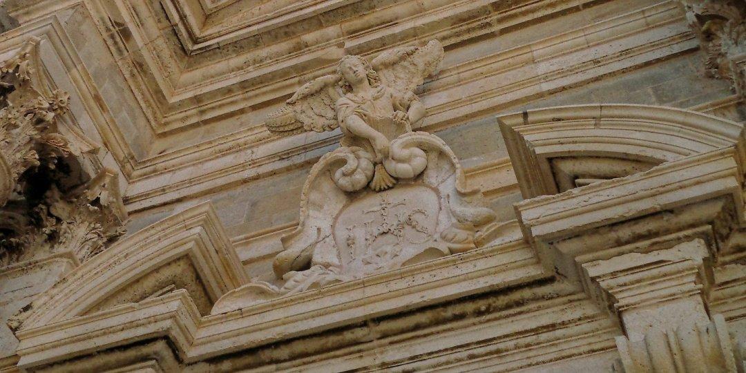 Detalle de la fachada de San Ignacio